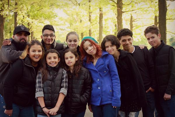 yari cantante family