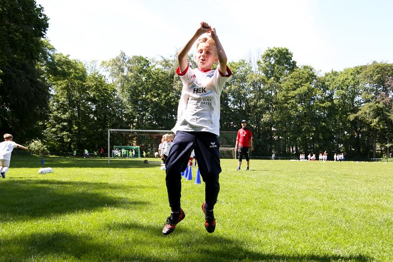 hsv_fussballschule-379_48047996393_o.jpg