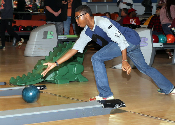 New Avenue Foundation Bowling Fundraiser - Jan 18, 2020