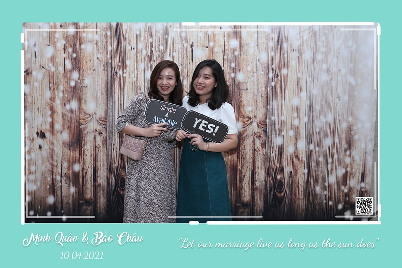 QC-wedding-instant-print-photobooth-Chup-hinh-lay-lien-in-anh-lay-ngay-Tiec-cuoi-WefieBox-Photobooth-Vietnam-cho-thue-photo-booth-030.jpg
