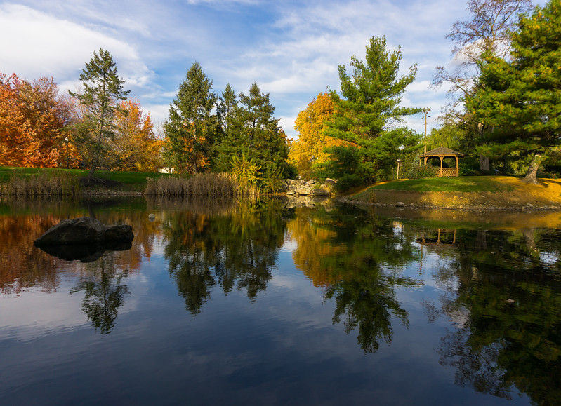 autumn 2015 - greenfield pond reflection(p).jpg