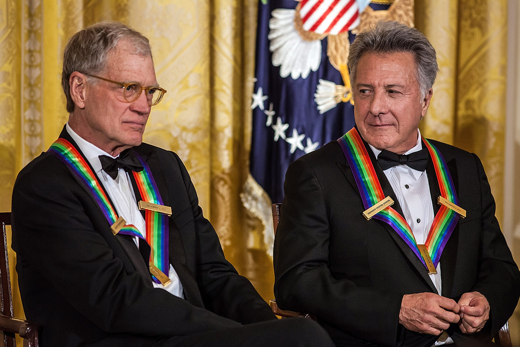 . WASHINGTON - DECEMBER 2: (AFP OUT) Comedian David Letterman (L) and actor Dustin Hoffman attend the Kennedy Center Honors reception at the White House on December 2, 2012 in Washington, DC. The Kennedy Center Honors recognized seven individuals - Buddy Guy, Dustin Hoffman, David Letterman, Natalia Makarova, John Paul Jones, Jimmy Page, and Robert Plant - for their lifetime contributions to American culture through the performing arts. (Photo by Brendan Hoffman/Getty Images)