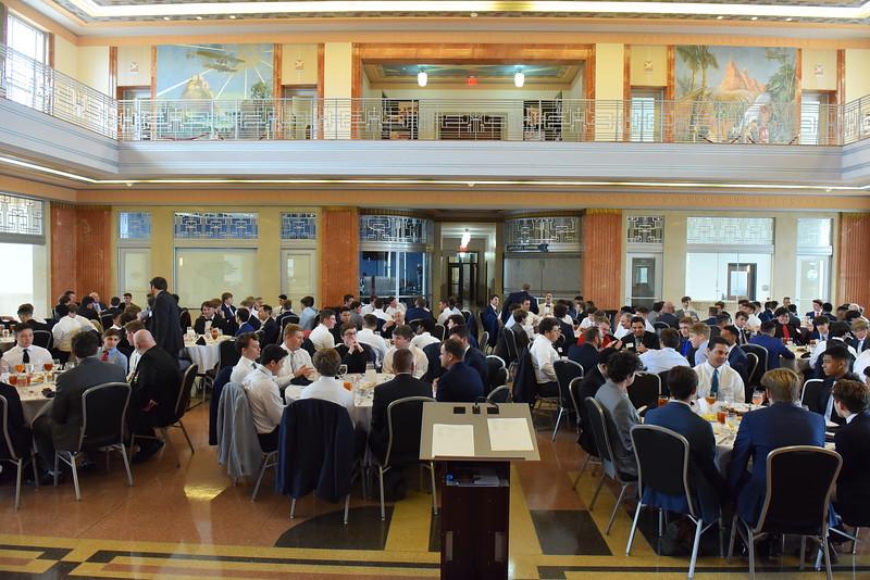 HC Sr Lunch _0060.JPG
