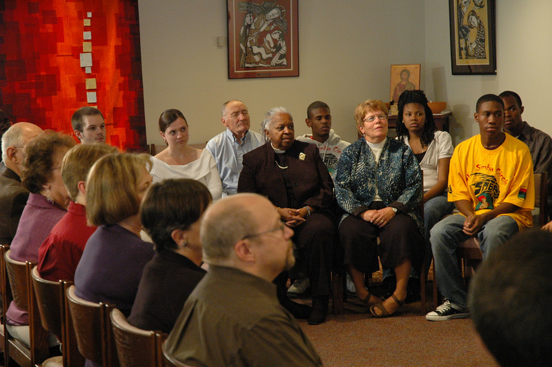 ELCA members at the September 19, 2010, ELCA Town Hall Forum, listen to Bishop Hanson respond to a question submitted by an online audience member.