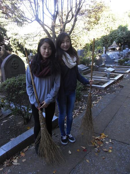 Cemetery Clean-up 11132013_10830346776_l.jpg
