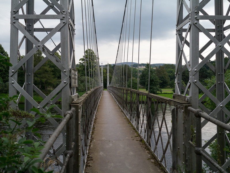 Victoria Footbridge at Averlour