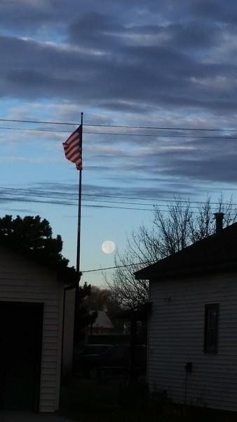 2016-11-15 Big Moon