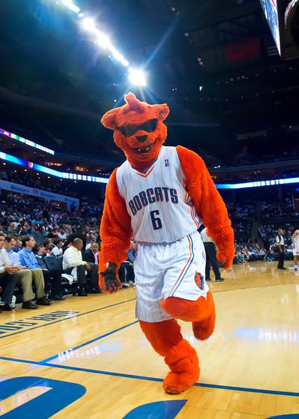 Hawks vs Bobcats 4-13-11 by Qcitymetro.com/Jon Strayhorn