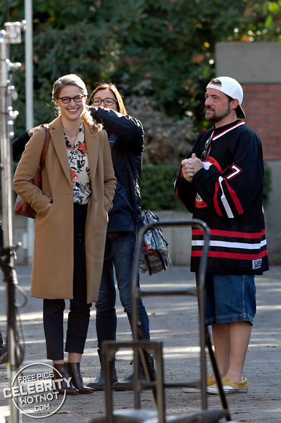 Kevin Smith Back To Health Directing Melissa Benoist In Supergirl Season 4