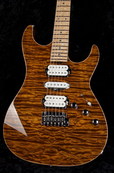 25th Anniversary Bent Top #3763, Mahogany Quilt Maple Top,  Transparent Light Golden Eye, Grosh H/S/H Pickups