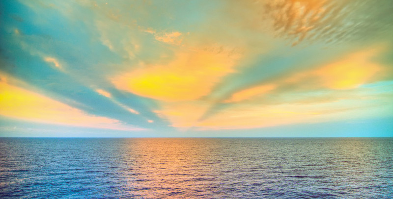 Saxaphone player-Manly Beach-Sydney Australia--49.jpg