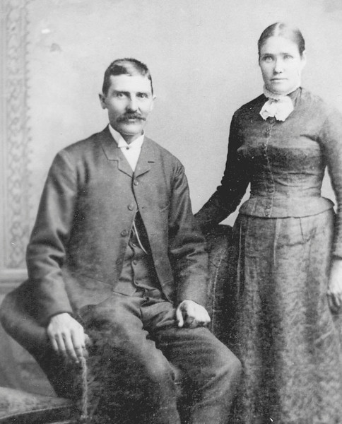 Abel John and Louisa portrait 01.jpg