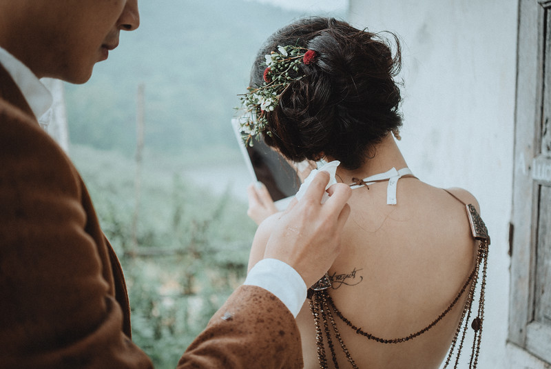 Tu-Nguyen-Destination-Wedding-Photography-Elopement-Vietnam-Pali-Louis-w-89a.jpg