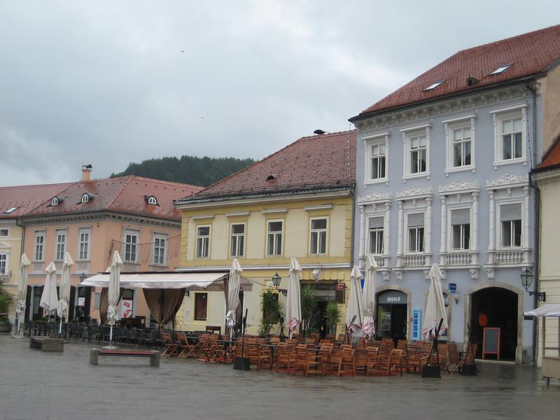 cafes_buildings.jpg