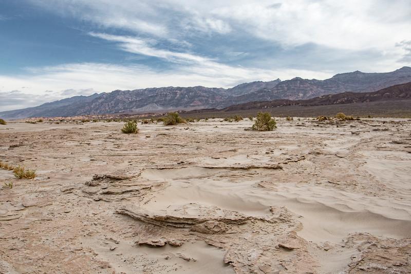 Death-Valley-sand-dunes-morning-April.jpg
