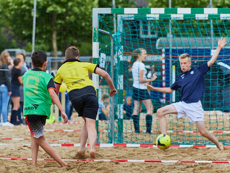 20170616 BHT 2017 Beachhockey & Beachvoetbal img 098.jpg