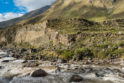 Moutains along the Urubamba River