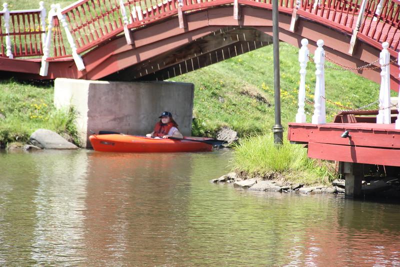 kars4kids_thezone_camp_girlsDivsion_activities_boating (25).JPG