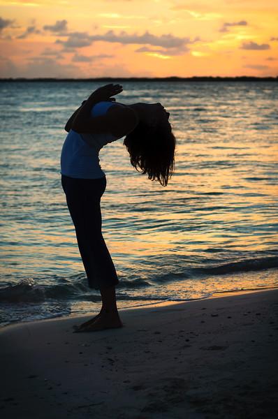 back bend air silhouette_DSC_5474-2.jpg