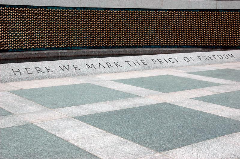 040918 0237 Washington DC - Lincoln Memorial Price of Freedom 1 _D _E _N ~E ~L.JPG