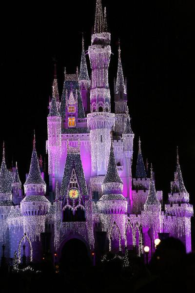 Day 1 Mickey's Magic Christmas (12/18)