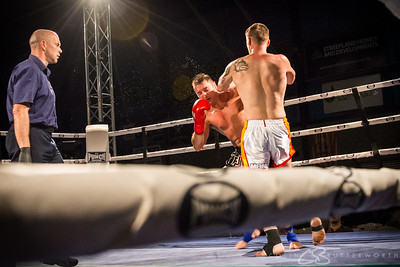 Fight 12 - Mark Chapman v Lennard Geale