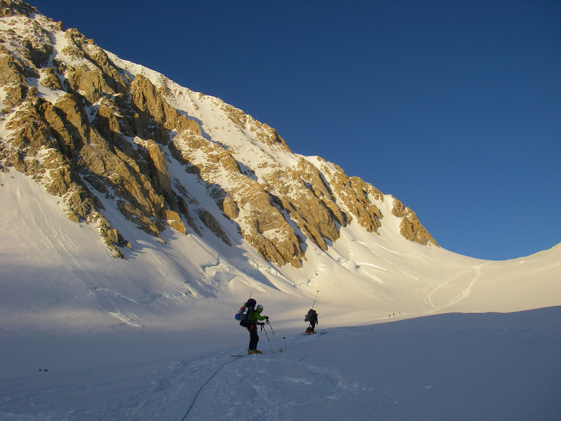 Below Squirrel Point - waiting on another team. From left: John W and Durny. We were at C2 (11,200ft = 3.414m) at ~11pm.