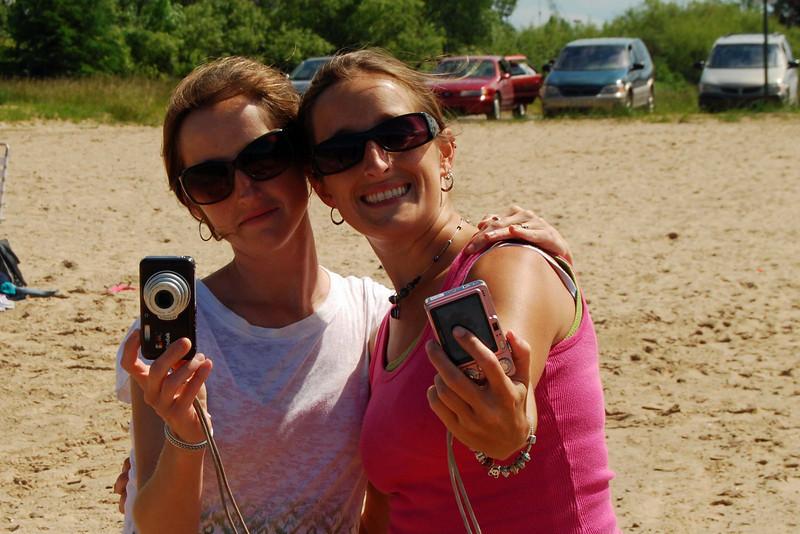 2465 Monique focused one way Kristen focused the other way.jpg