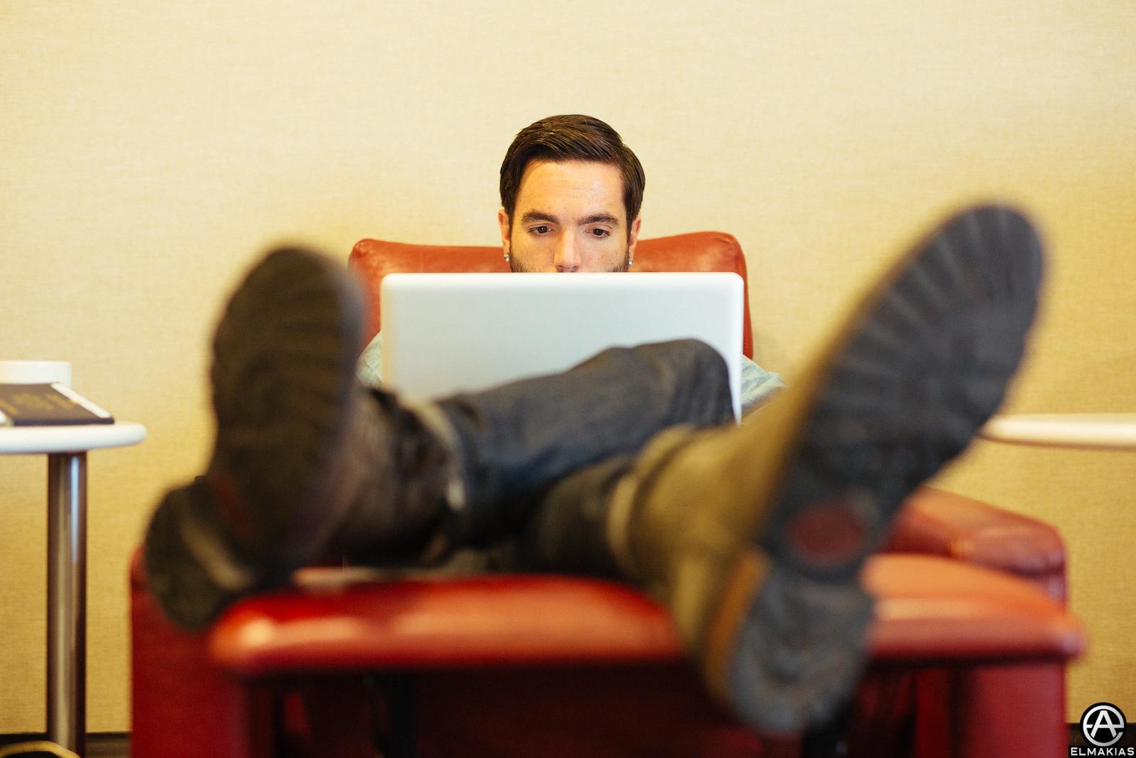 Jeremy McKinnon in laptop land