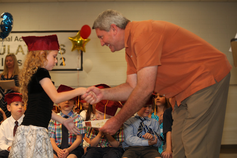 2012May18_MTA Kinder Grad_9686.JPG