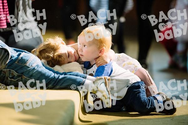 © Bach to Baby 2017_Alejandro Tamagno_Victoria Park_2017-07-12 016.jpg
