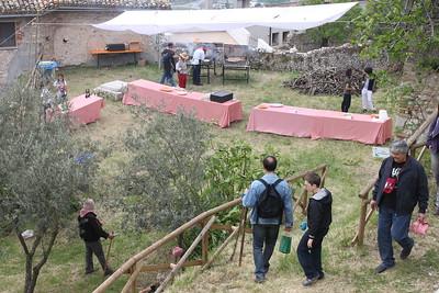 2011/04/23 La merenda tra i piantoni