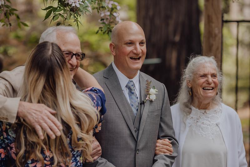 2018-05-12_ROEDER_JulieSeth_Wedding_DUSTIN1_0039.jpg