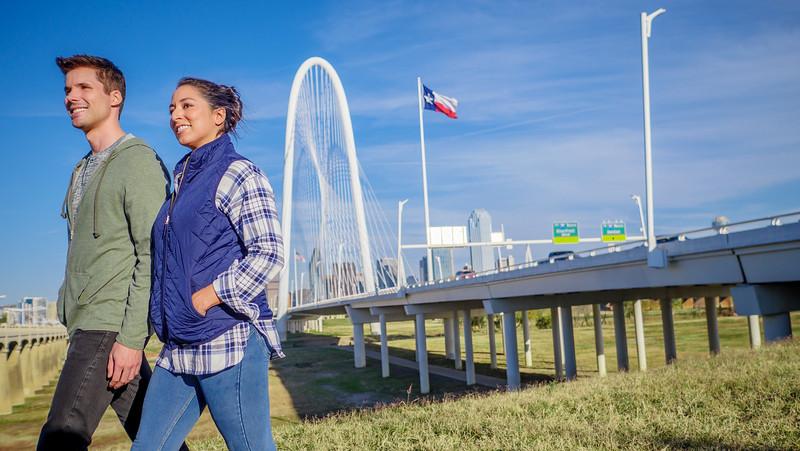 113017_10834_Bridge Skyline_Walk Dog.jpg