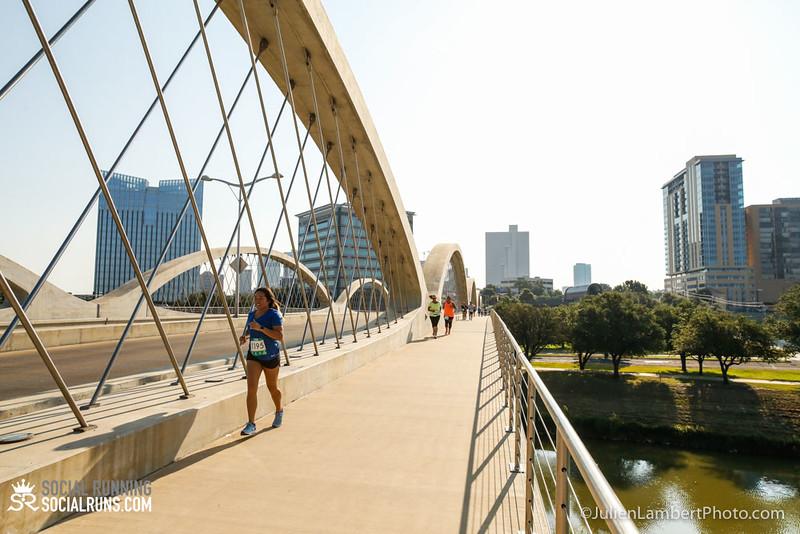 Fort Worth-Social Running_917-0437.jpg