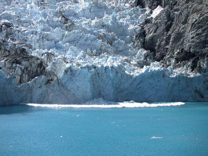 Drygalski Risling Glacier calving 3.jpg