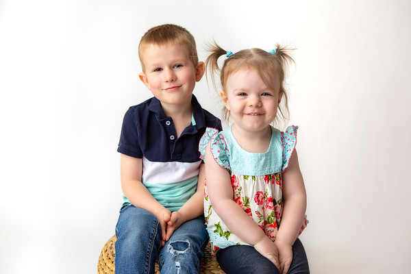 CHILD MINI SESSIONS-Carter and Ellie [For Mon]