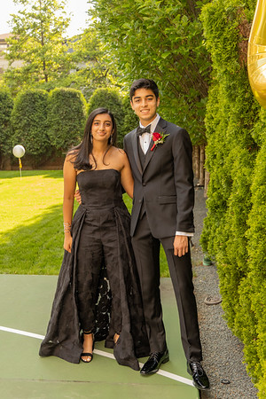 Mehta_Family_Prom2021
