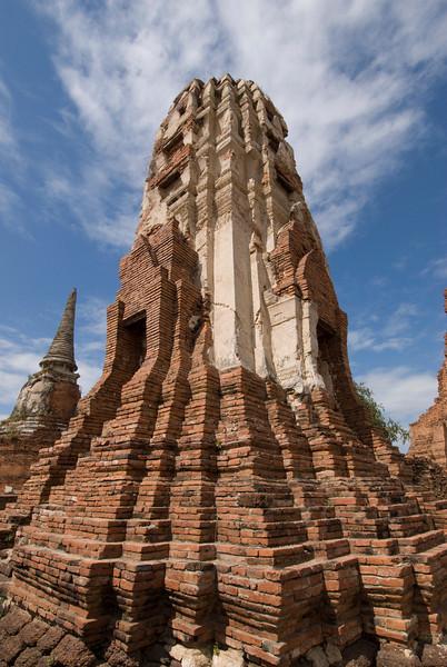 Wat Maha That 3 - Ayutthaya, Thailand.jpg