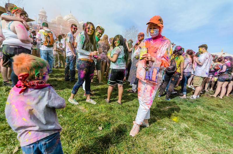 Festival-of-colors-20140329-162.jpg