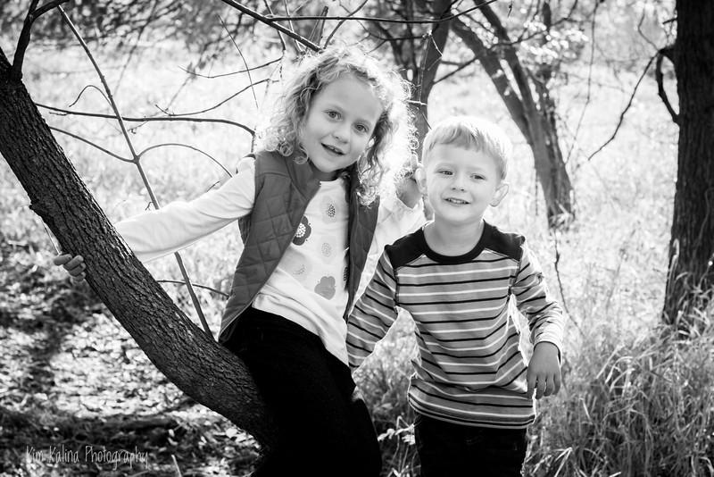 siblings wm bw-9722.jpg