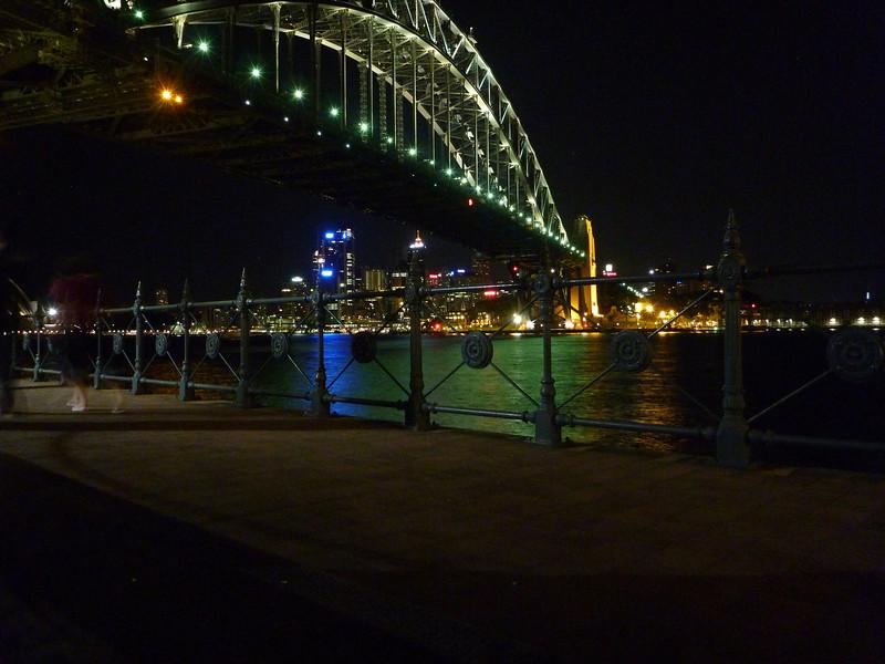North Sydney at Night 140.JPG