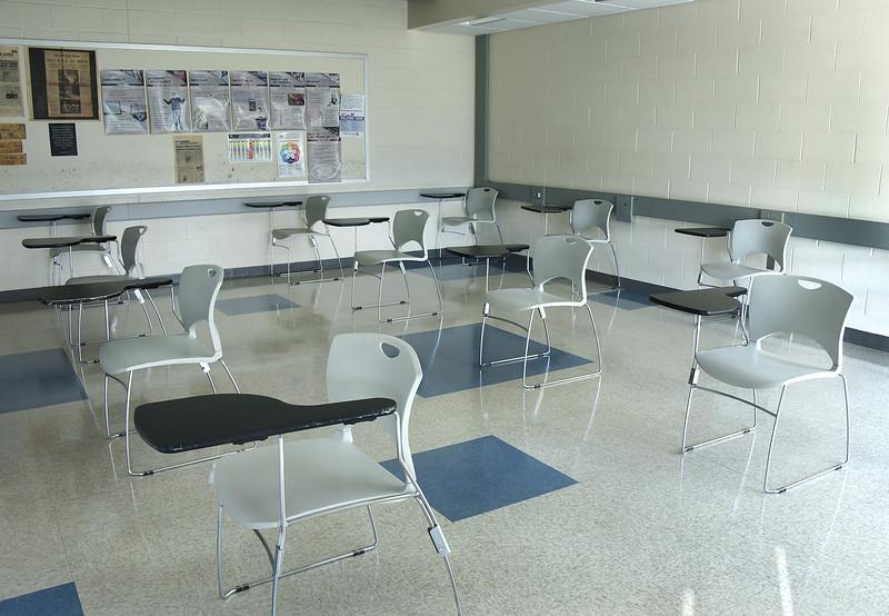 Classroom_Dauphin_SocialDistancing_color_684.jpg