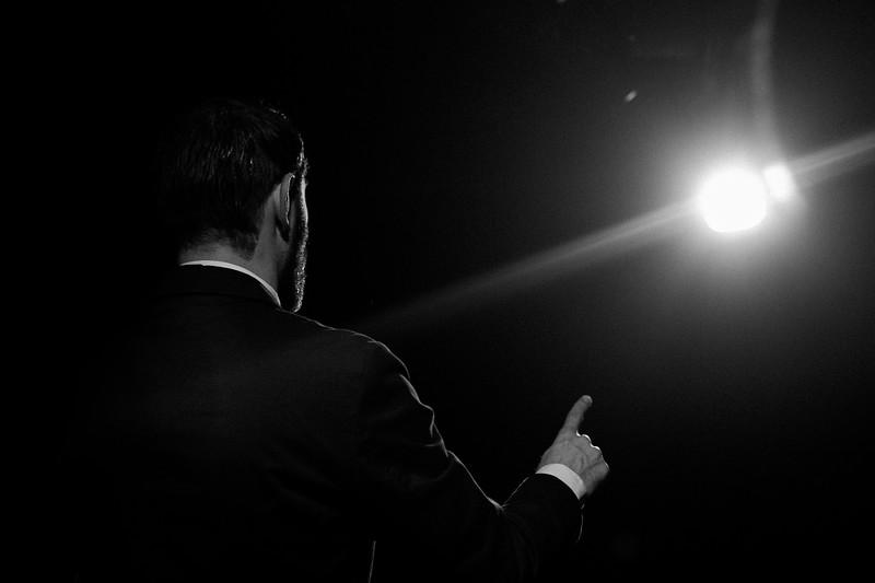 Allan Bravos - Fotografia de Teatro - Indac - Migraaaantes-105-2.jpg