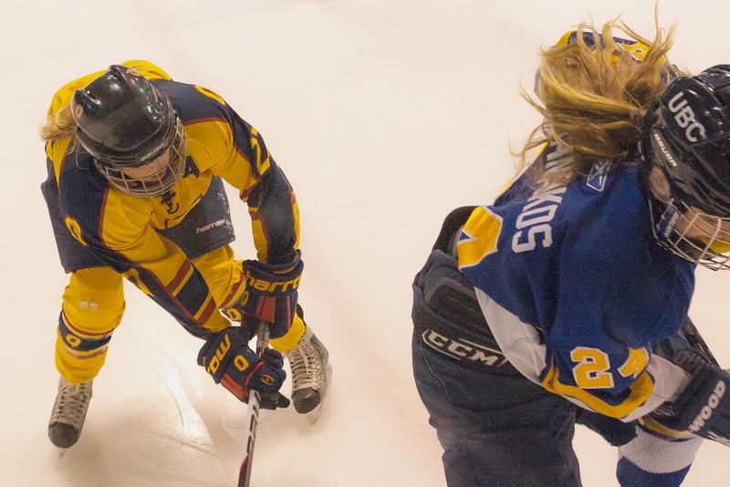20130310 QWHockeyvsUBC 516.jpg