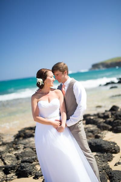 gillin beach kauai wedding-35.jpg