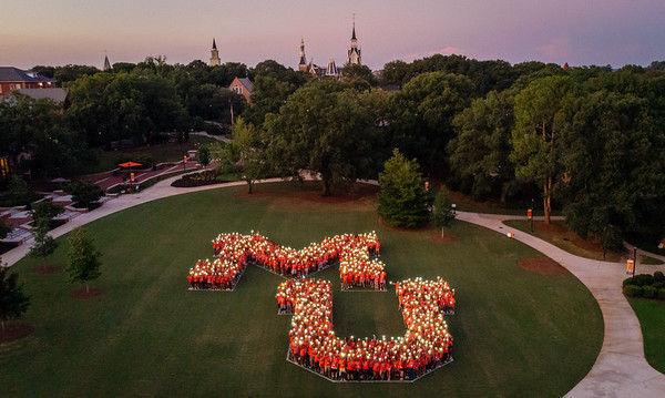 2019 Move In Day, Bear Beginnings
