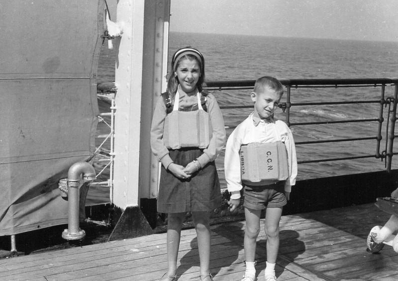 A bordo - Filhos de Adalberto