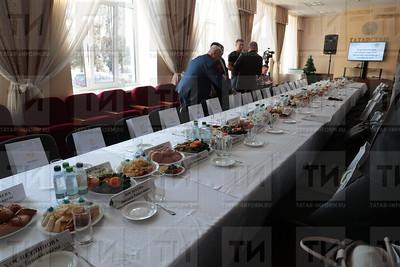 22.11.2019 Круглый стол с участием татарской прессы (Рамиль Гали)