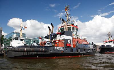 2009 06 18 Maersk Curlew in Hamburg FPSO Platform